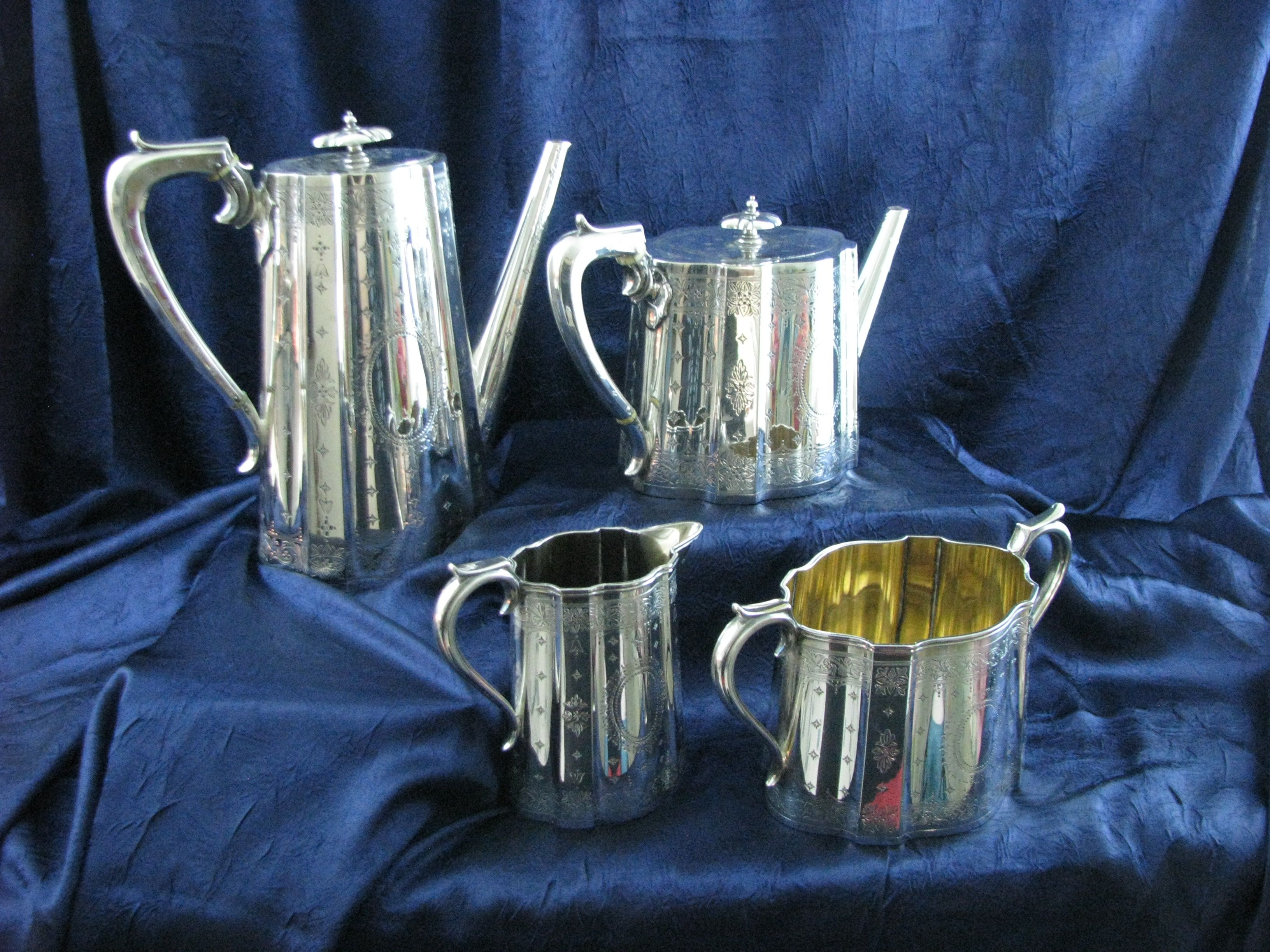 Elkington silverplate coffee and tea set with creamer and sugar/waste bowl. | Tea set, Silver ...