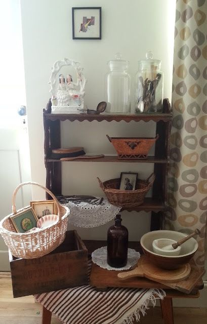 Latest auction finds - vintage patchwork, kitchenalia and more!
