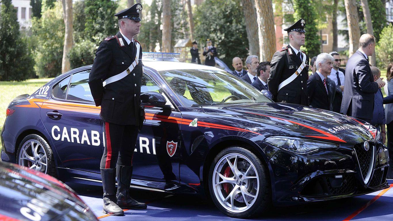 Meanwhile In Italy Where The Police Drive Alpha Romeos Italian Car
