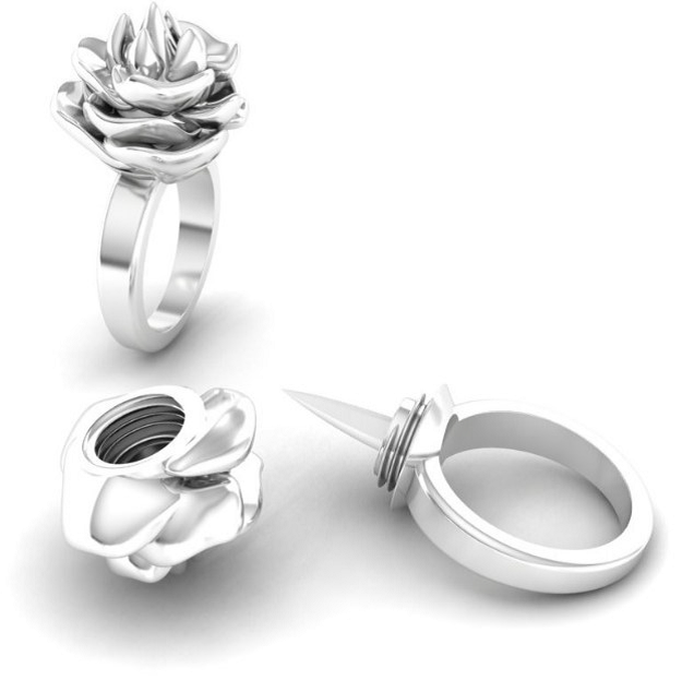 Chic Self Defense Ring With A Concealed