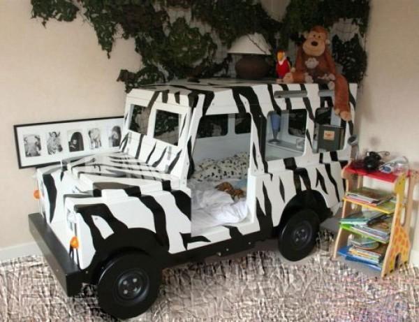 Super Cute Safari Jeep Bed, How Fun Is This?