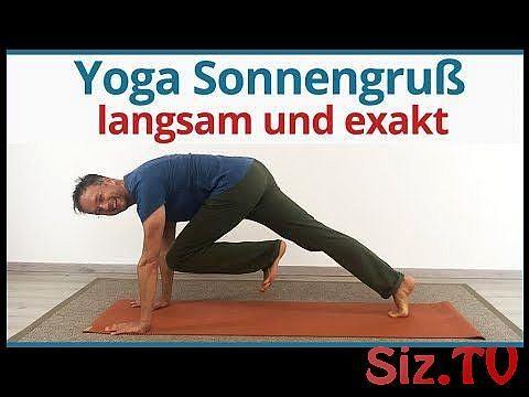 yoga sun salutation for beginners  yoga sonnengruß