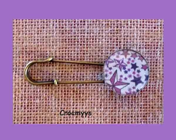 Broche liberty rétro adelajda violet : Broche par crocmyys