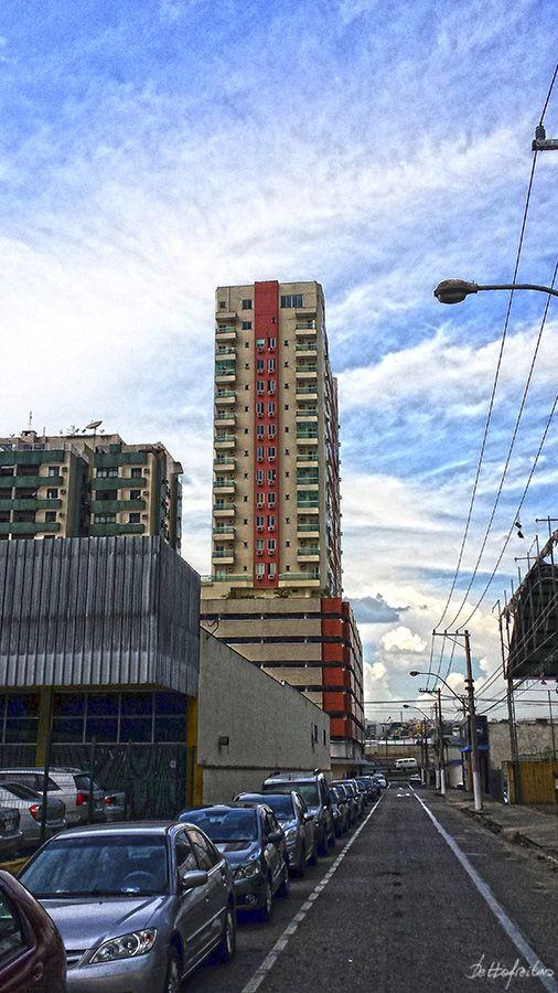 Edifício residencial no Aterrado, em Volta Redonda - RJ.