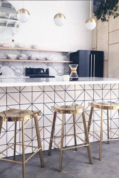 Cool Counter Wall Treatment Ideas Wallpaper Kitchen Island