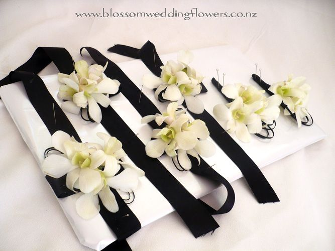 black-white-corsages....