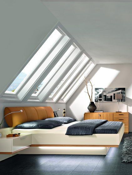 bett skyline idealerweise platzierst du dein bett unter der dachschr ge damit du platz zum. Black Bedroom Furniture Sets. Home Design Ideas