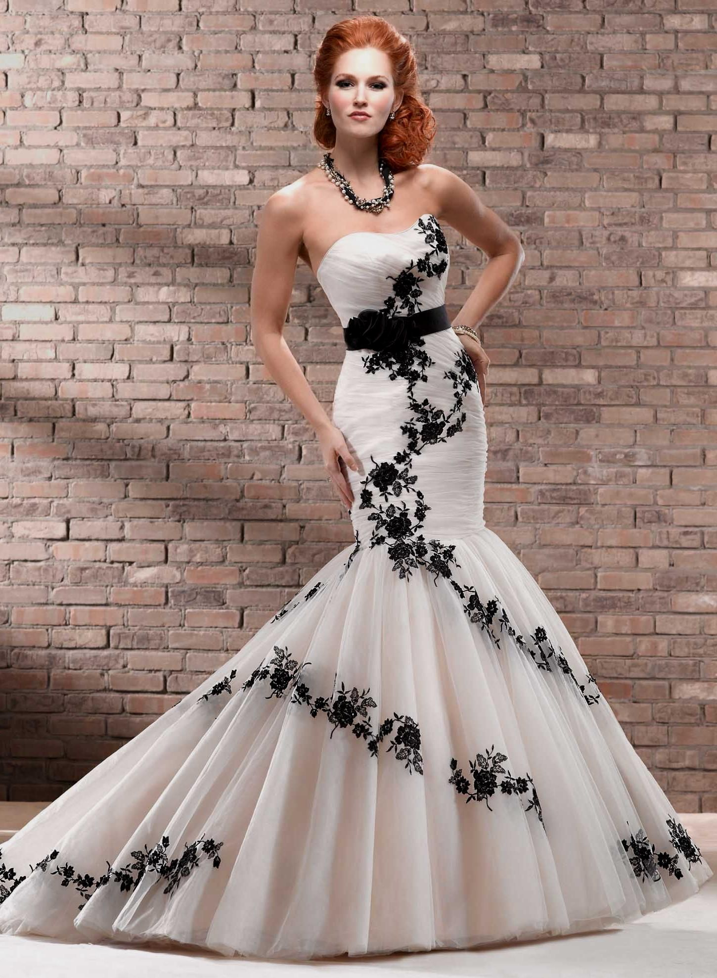 Black and Gold Dresses for Wedding - Best Dresses for Wedding Check ...