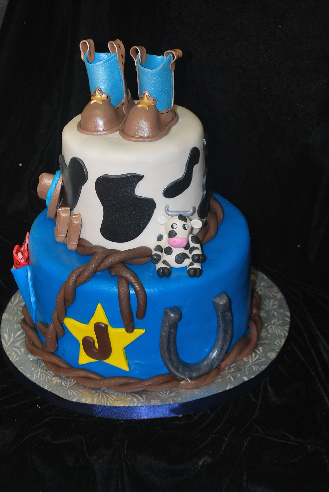 Western Theme Baby Shower Cake Cake Designs By Cakes Desserts