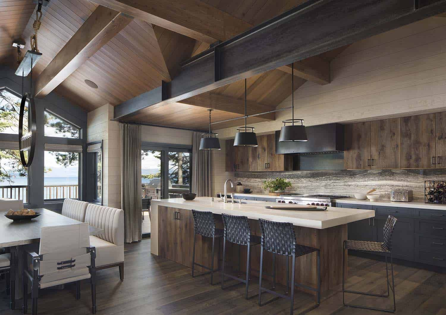 Best Rustic Lake House Retreat Inspired By Gorgeous Lake Tahoe 640 x 480
