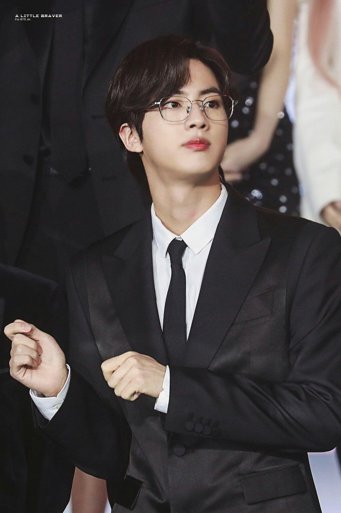 Kim Seokjin In 2020 Seokjin Seokjin Bts Worldwide Handsome