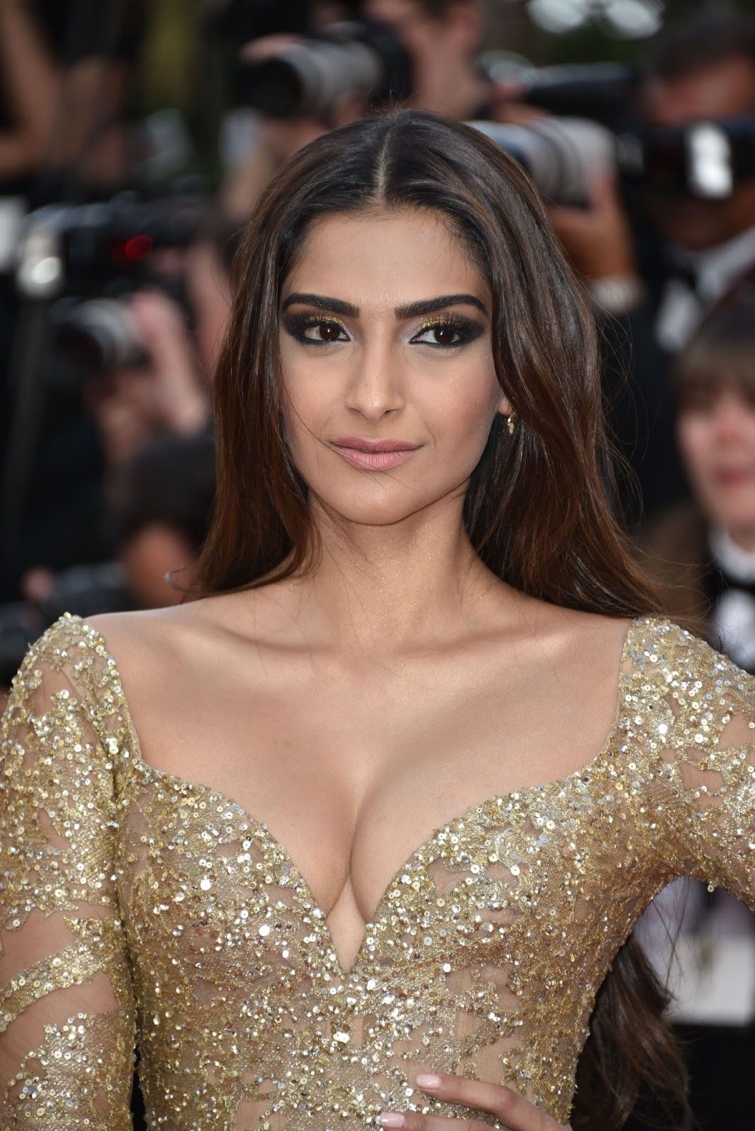 Cleavage Sonam Kapoor nude (87 photos), Sideboobs