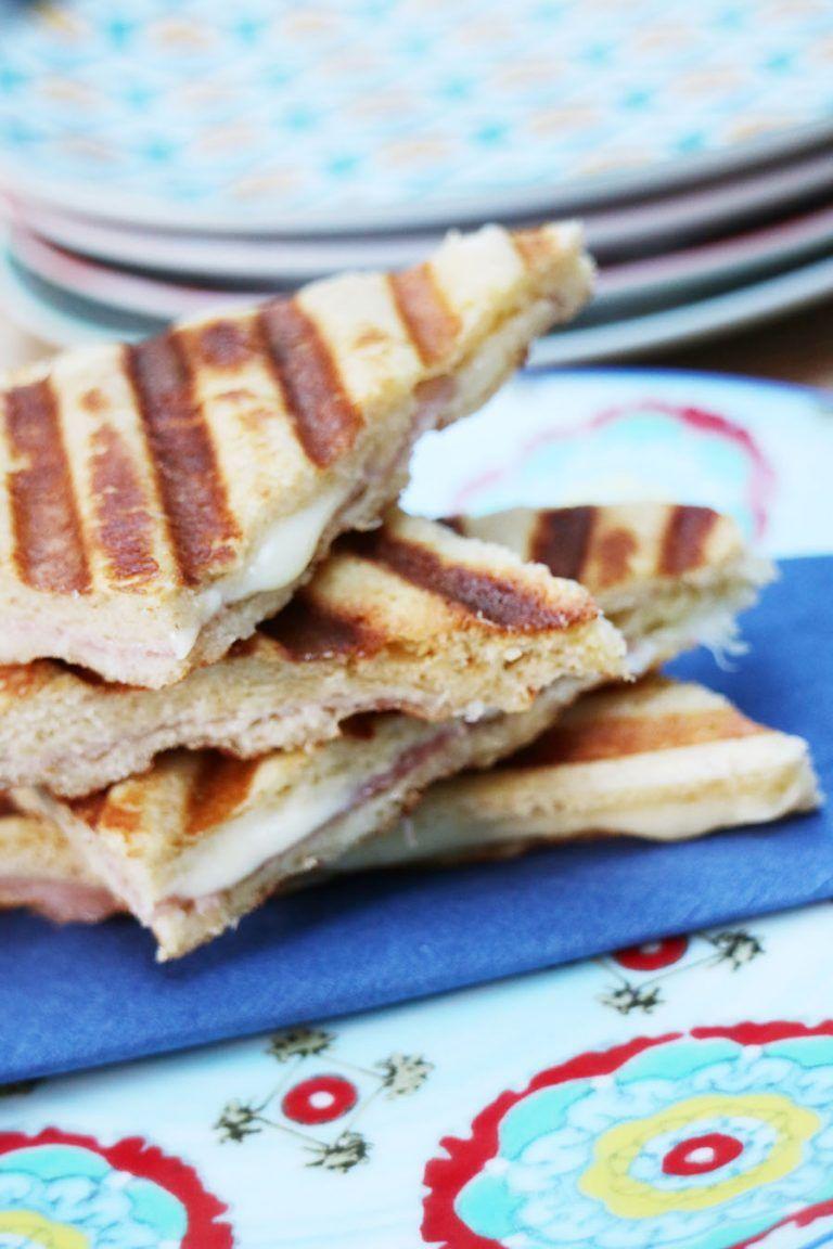 Maak je tosti koolhydraatarm, makkelijk én lekker [recept] - AllinMam.com