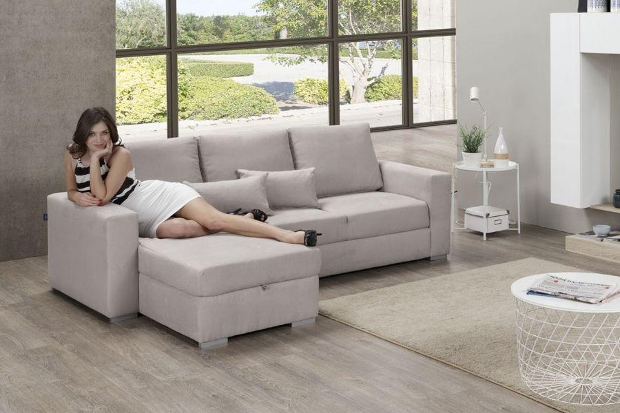 Comodo, elegante e avvolgente, il divano angolare Bob si ...