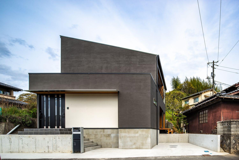 趣味と暮らすシンプル和モダン 加度商の写真集 広島県尾道市 注文住宅