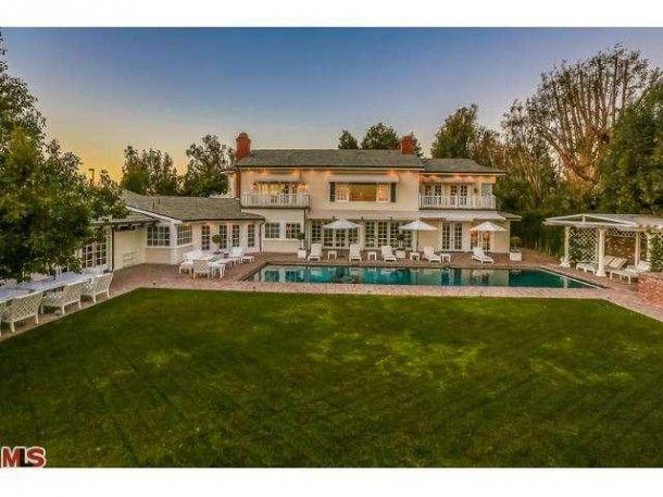 Mariah Carey Hubby Nick Cannon List Bel Air Mansion For 12 995 000 Bel Air Mansion Mariah Carey House Mansions