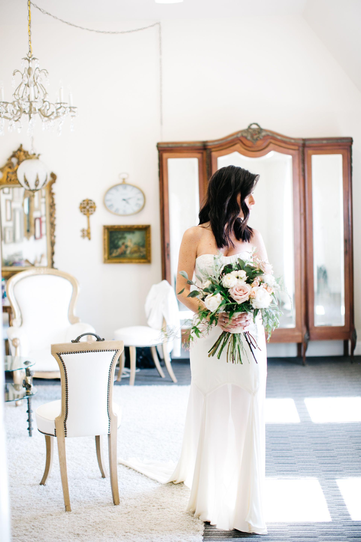 how much does a wedding hair stylist cost? | wedding