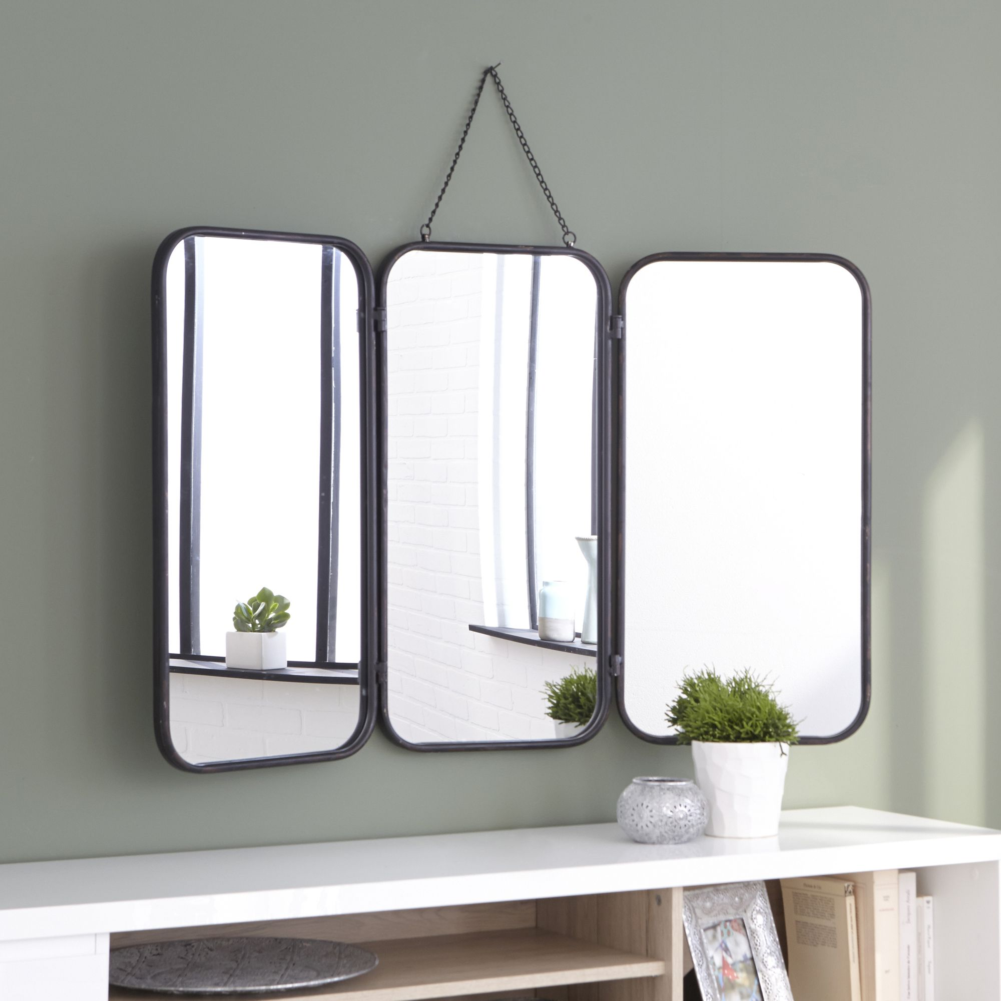 todd miroir triptyque de barbier aux bords en m tal noir d coration d co maison alin a. Black Bedroom Furniture Sets. Home Design Ideas