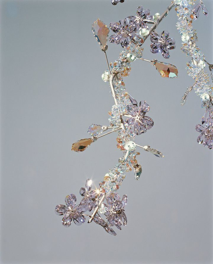 Studio Tord Boontje Blossom Chandelier Close Up Showing How Crystal Can Be Soft Romantic And Organic Has Now Become A Contemporary Classic