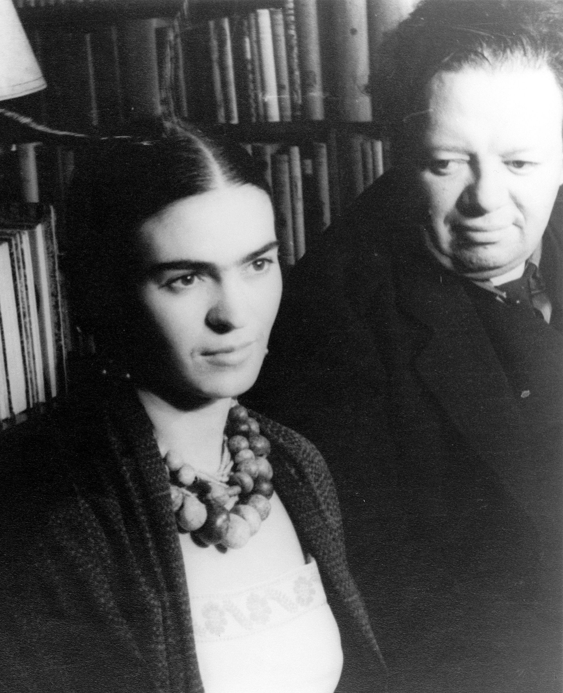 Frida Kahlo and Diego Rivera   FOTOS DE FRIDA   Pinterest   Frida ...