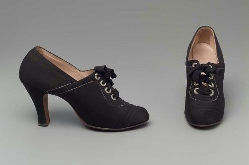 Oxford Shoes, ca. 1926 via MFA