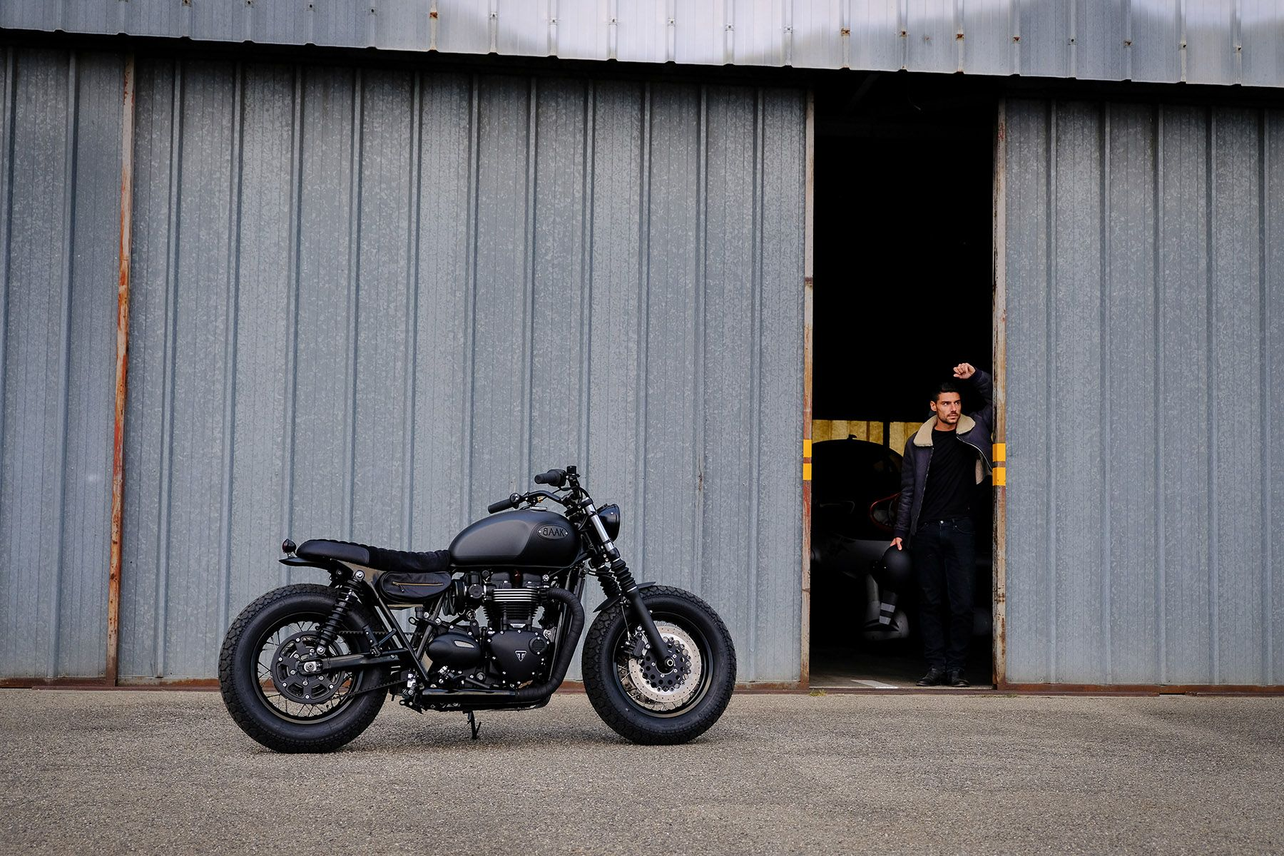 Getting Prepared For A Ride With Baaks Triumph Bonneville T120