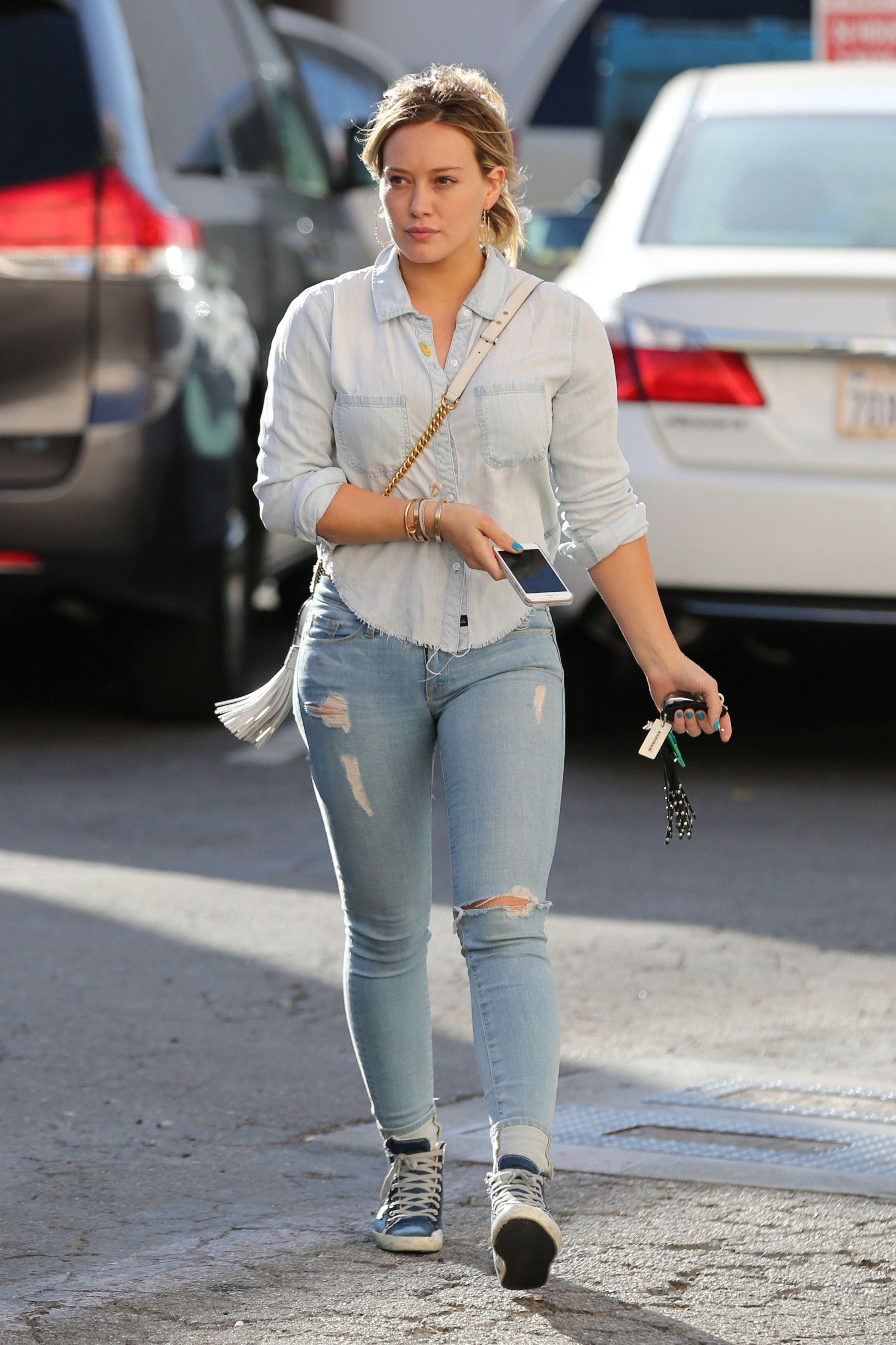 Hilary Duff - Nail Salon in Beverly Hills, 04/26/16   Hilary Duff ...