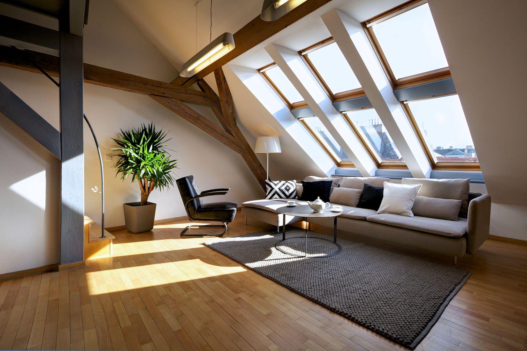 Loft apartment with natural light. Visit houseandleisure