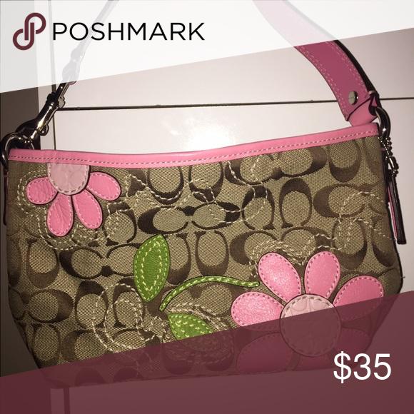 Coach Purse Pink Flower Detail My Posh Picks Coach Purses