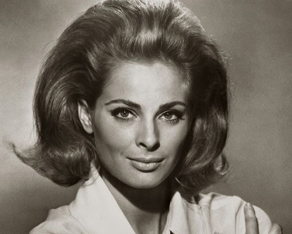 30 Stunning 60s Hairstyles Slodive 60s Hair Womens Hairstyles Teased Hair