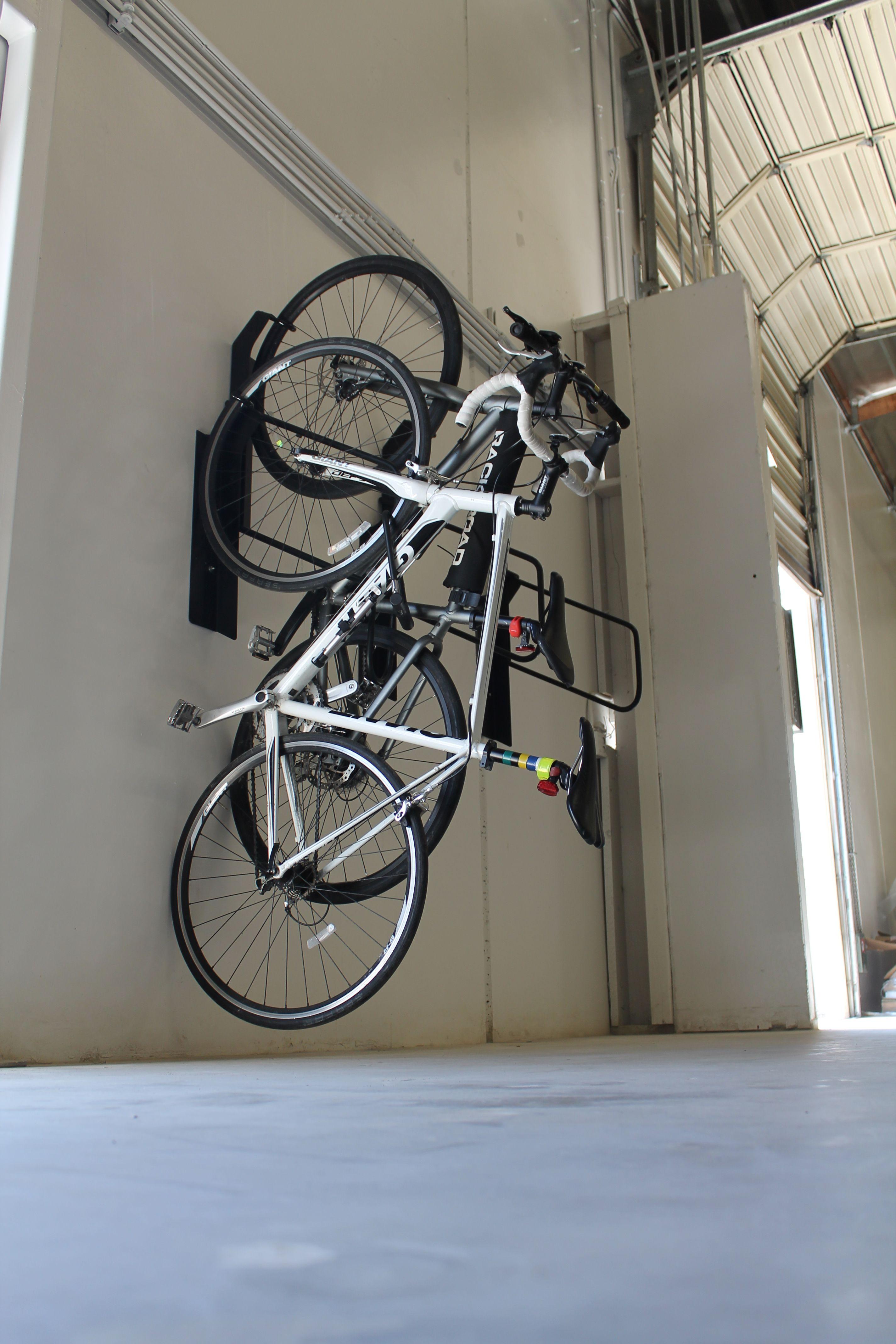 Offset Vertical Bike Rack Commercial Bike Rack 04