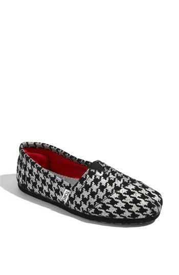 c78ddc8554a Toms Houndstooth - I m obsessed with mine and try to get away with wearing