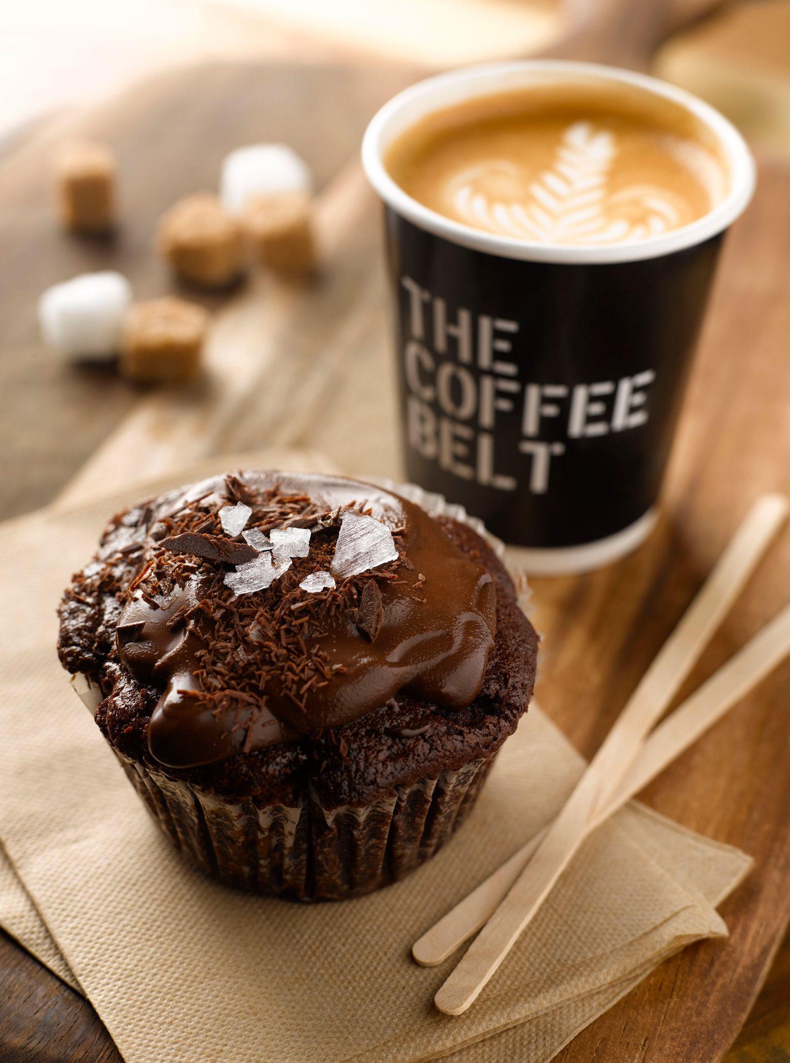 Кекс и кофе фото