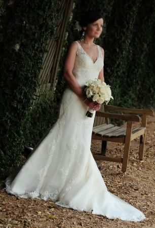 Pronovias La Sposa| Recycled Bride | // hochzeit # outfits und ...