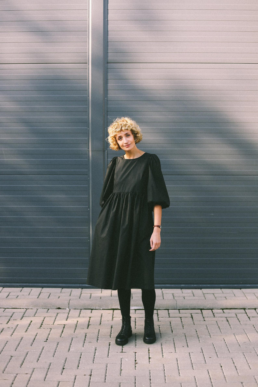 Balloon Sleeve Dress Empire Waist Black Cotton Poplin Dress Offon Clothing Balloon Sleeve Dress Empire Waist Dress Dresses With Sleeves [ 1500 x 1000 Pixel ]