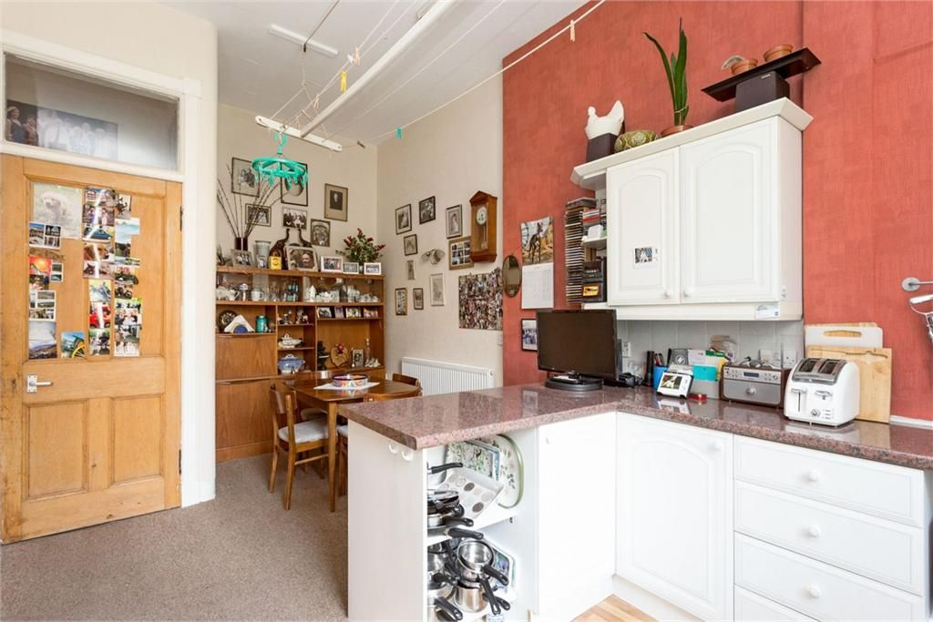 13 Comely Bank Avenue Edinburgh Eh4 1ew Property For Sale 2 Bed Maindoor Flat With 2 Reception Rooms Espc Reception Rooms 2 Bed Flat Room