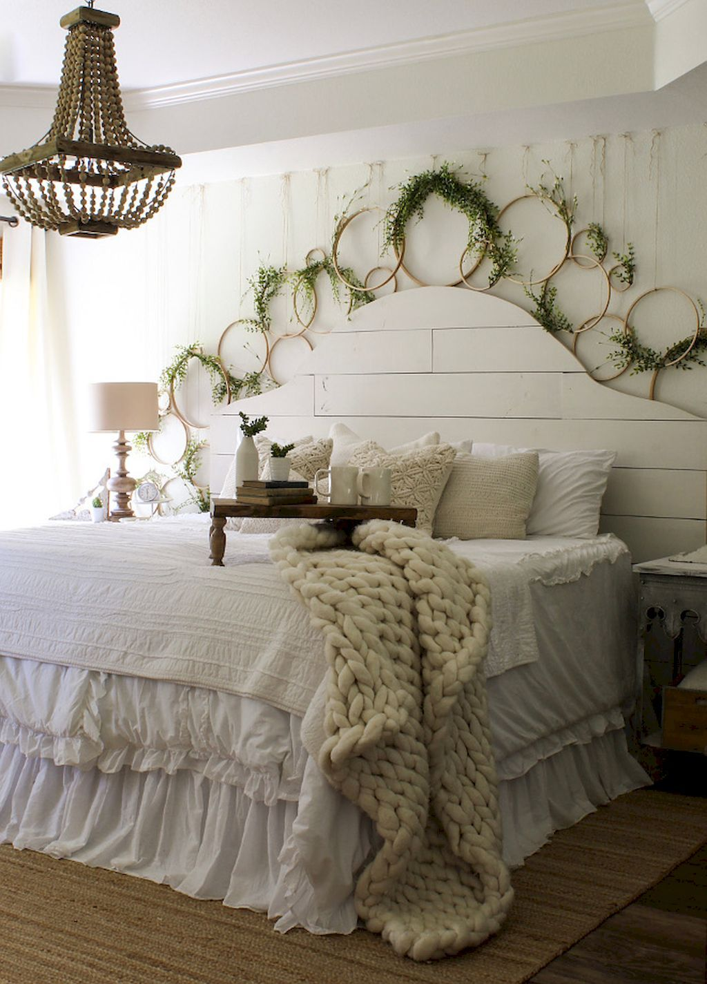 50 Rustic Lake House Bedroom Decorating Ideas | Lake house bedrooms ...