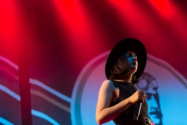 Photo Gallery: Mumford & Sons + The Vaccines + Meg Mac – Riverstage, Brisbane (07.11.15)   the AU review
