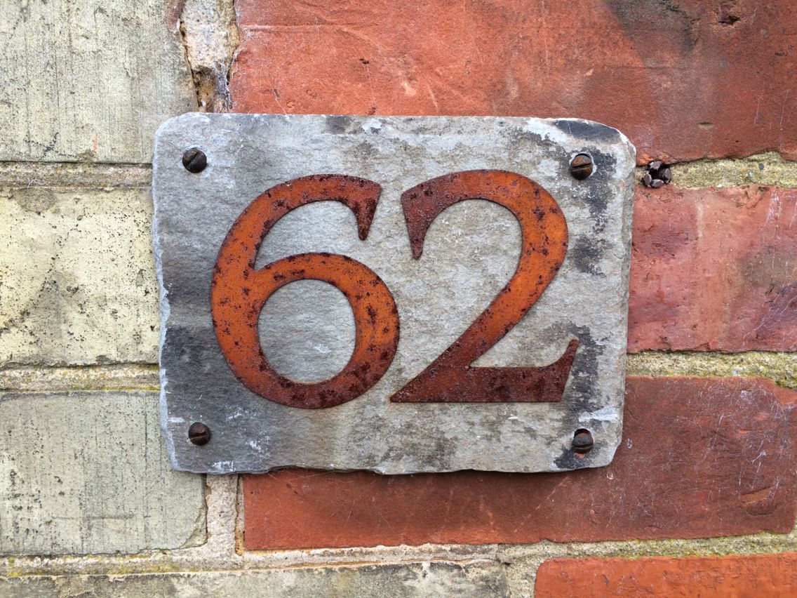 Loving This House Number Victorian Slate Rusted Metal Numbers Top Off With Vintage S Matches The Brick Of Cottage Perfectly