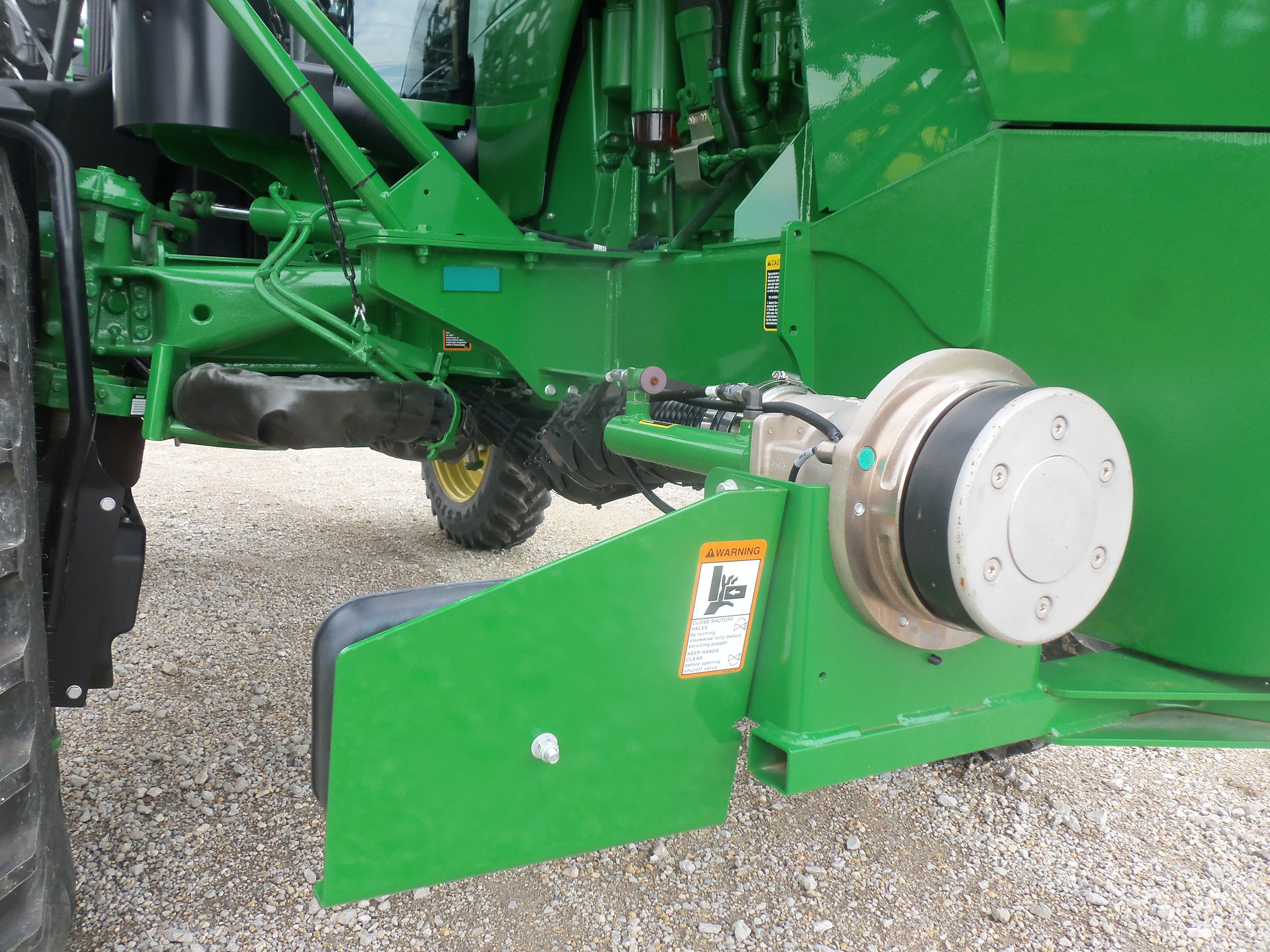 John deere 4940 pitstop pro featurethis allow the farmer to fill john deere 4940 pitstop pro featurethis allow the farmer to fill the tank without leaving the cab fandeluxe Image collections