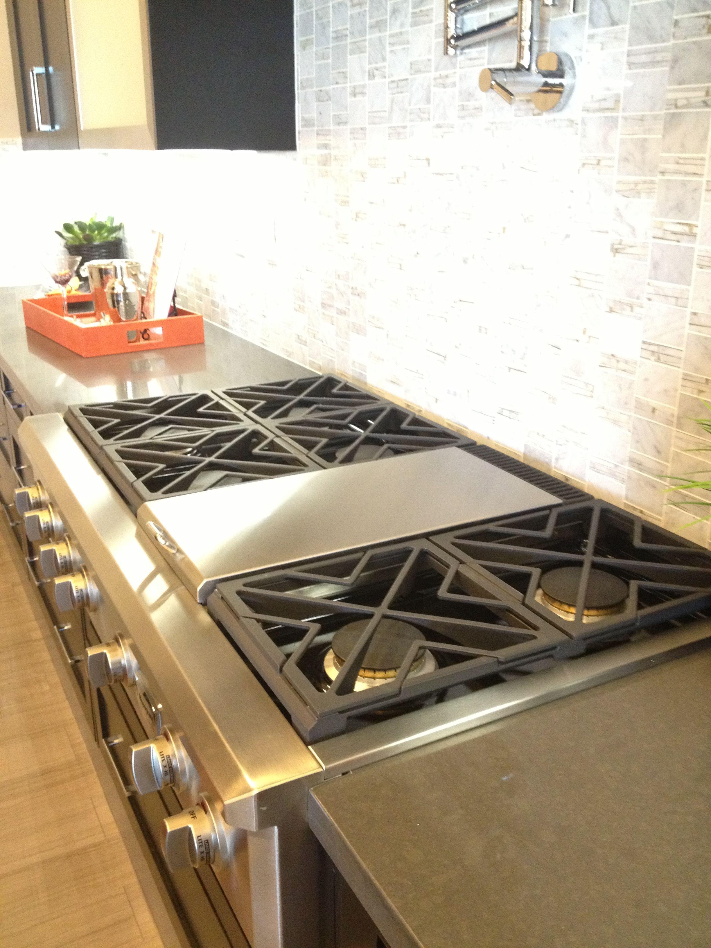 Srt486g 6 Burners Griddle 4 815 6 Burner Gas Range Top W Built In Griddle Joe We Need This F Outdoor Kitchen Appliances Outdoor Kitchen Kitchen Design