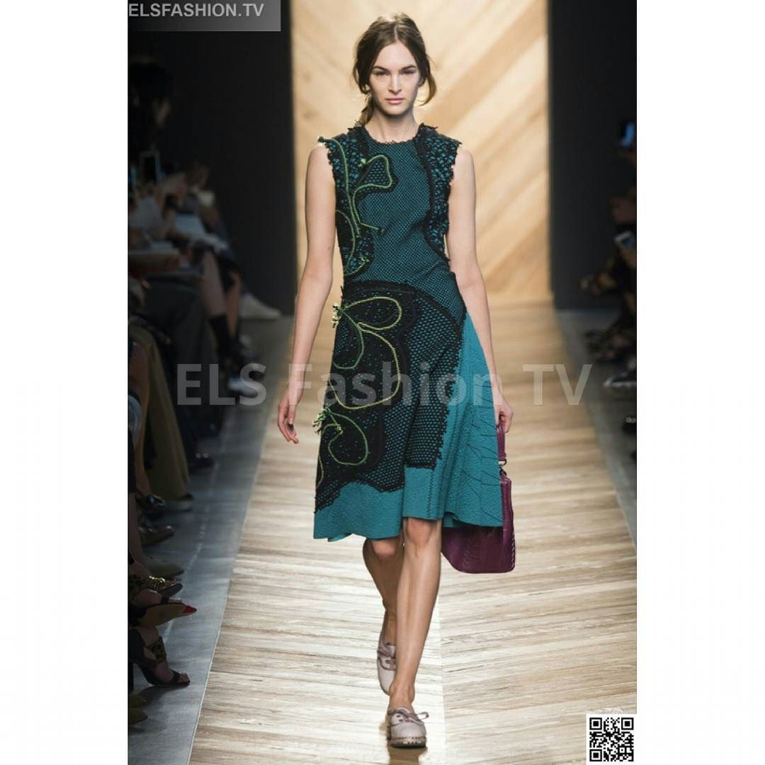#Bottegaveneta #mfw2016 fall S/S Full Show HQ #photos #elsfashiontv http://ow.ly/TEfwS #mfw #mfw15  Click on the above link to watch the entire collection: 56 shoots! Register your email for dialy update and to interact with us!. #me #photooftheday #instafashion #instacelebrity #instaphoto #paris #newyork #montecarlo #fashionweek #london #italia #manhattan #miami #dubai #glamour #fashionista #style #altamoda #fashiontrend #tvchannel #fashiontrends