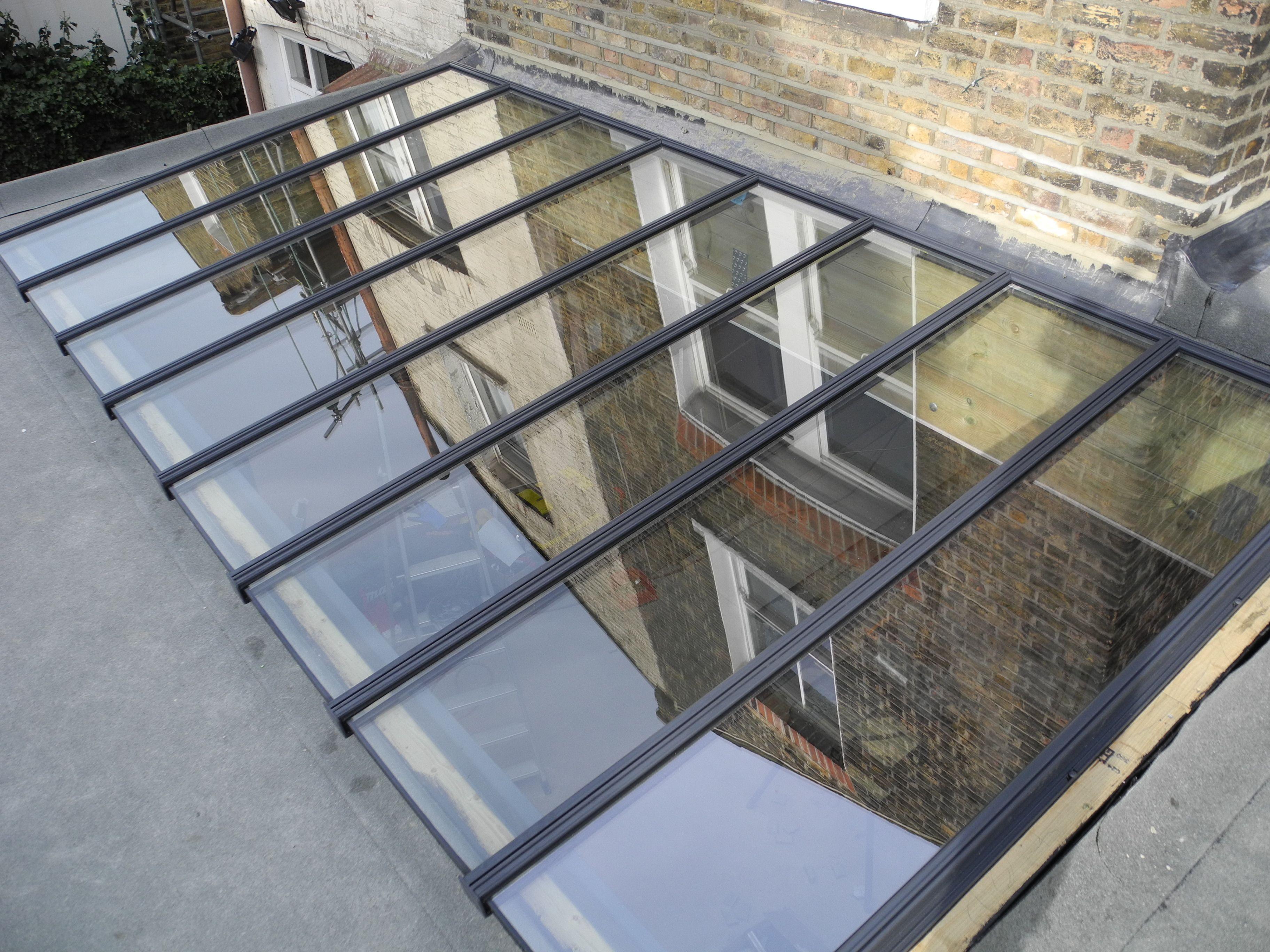 toit vitr maison londres pinterest terrasse couverte couvert et cour. Black Bedroom Furniture Sets. Home Design Ideas