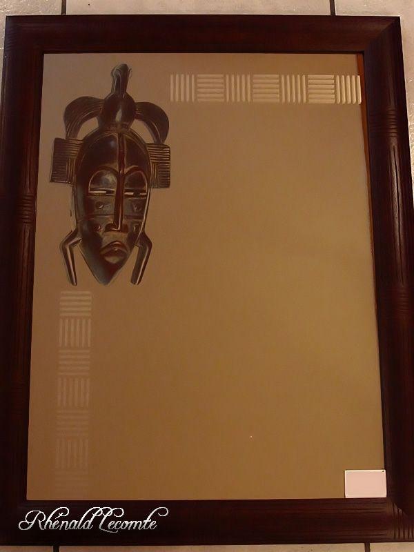 masque africain rectangulaire