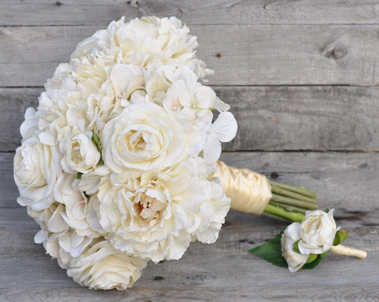 Holly\'s Wedding Flowers ships faux flower bouquets worldwide Find us ...
