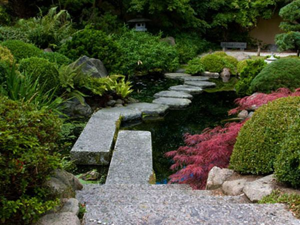 35 Lovely Pathways For A Well Organized Home And Garden Freshome Com Japanese Garden Landscaping With Rocks Garden Pathway