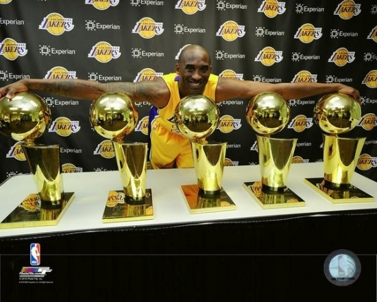 Kobe Bryant With His 5 Nba Championship Trophies Photo Print 8 X 10 Wish Kobe Bryant Nba Championships Kobe