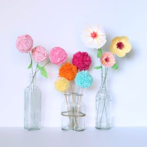 How-To: Make three DIY flower bouquets. Fabric flowers, paper flowers and pom pom flowers!