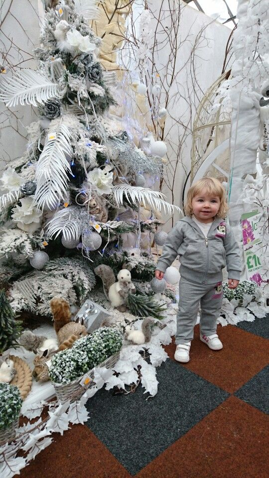 Rouken Glen Garden Center Holiday Decor Snow Angels