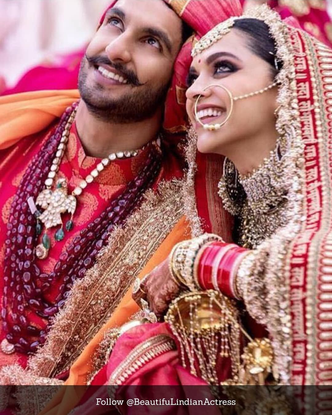 Complete Photos Of Ranveer Singh And Deepika Padukone S Marriage They Are So Cute Together I Love This C Bollywood Wedding Desi Bride Deepika Padukone Lehenga